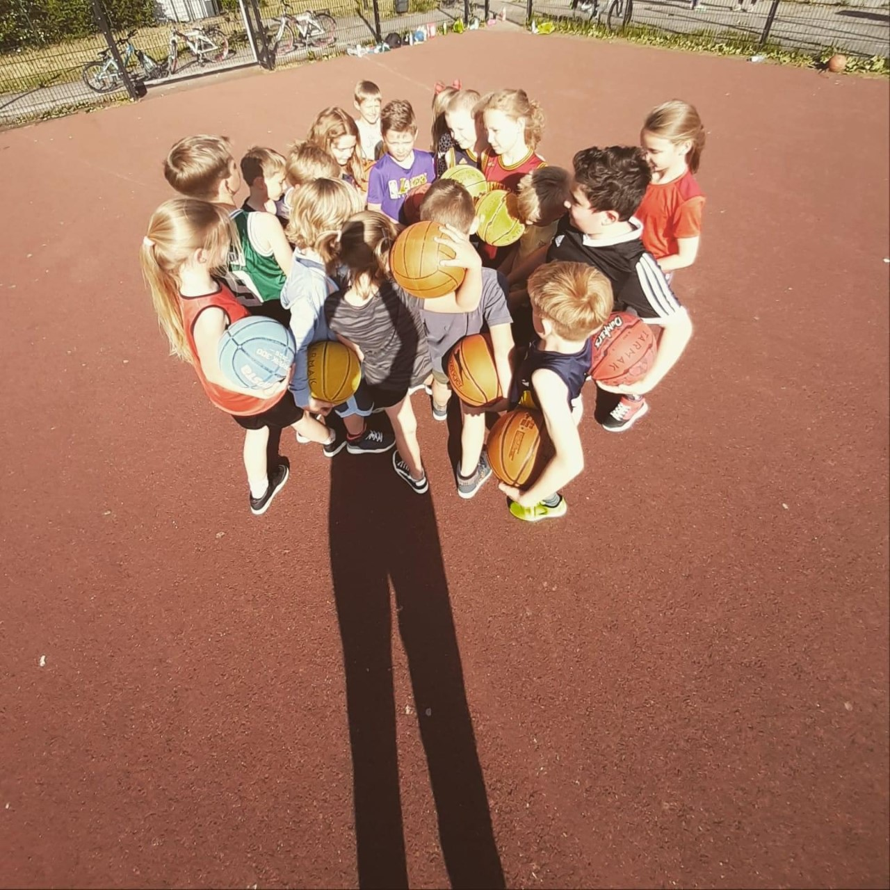 Basketbal? Binnen en buiten mogelijk voor jong en oud