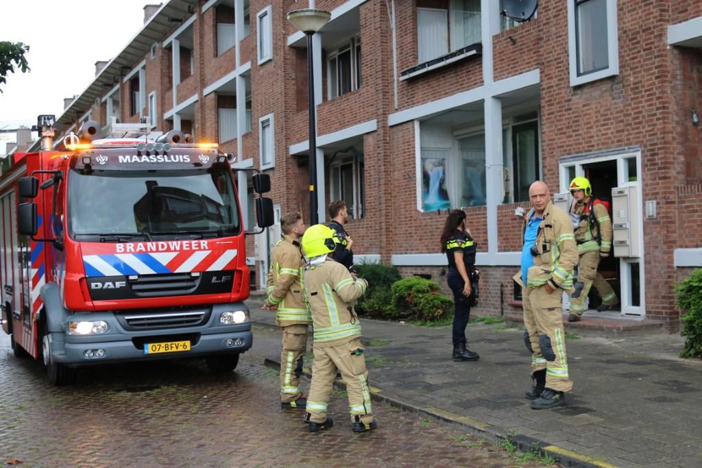Brandweer voorkomt brand aan Vondellaan Maassluis