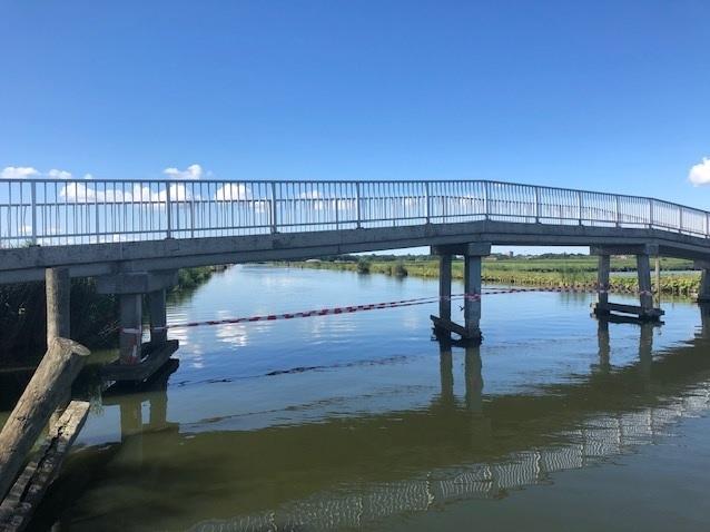 Fietsbrug Foppenpolder beschadigd, voorlopig afgesloten