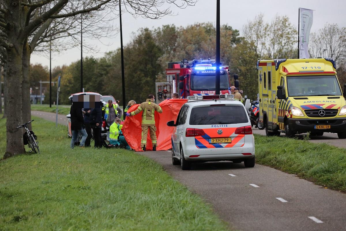 Traumahelikopter naar Vlaardingsedijk na ongeval