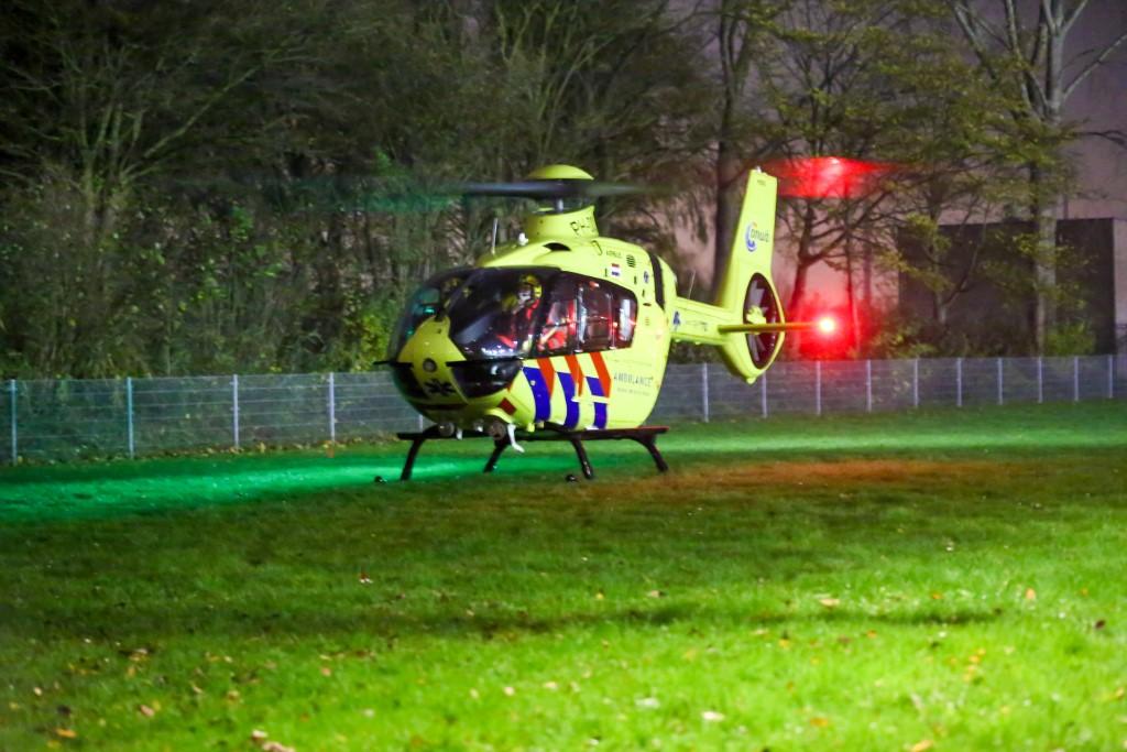 Traumahelikopter voor noodsituatie naar Cornelis Boosterstraat