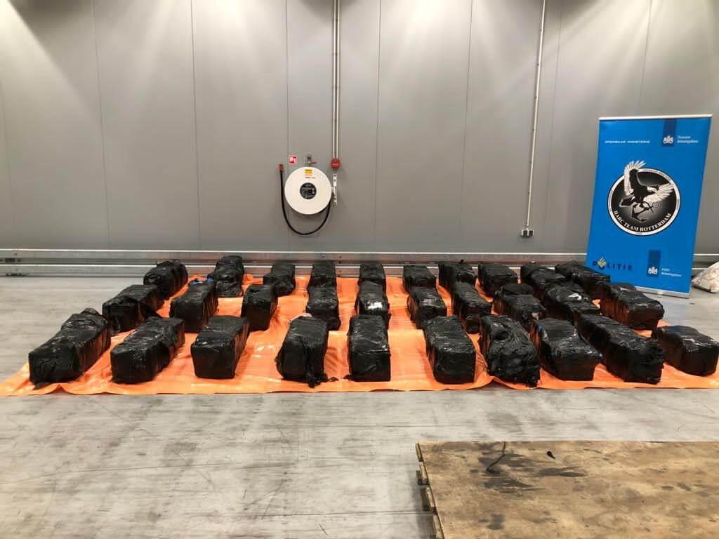 Douane vindt 1050 kilo cocaïne tussen haarproducten