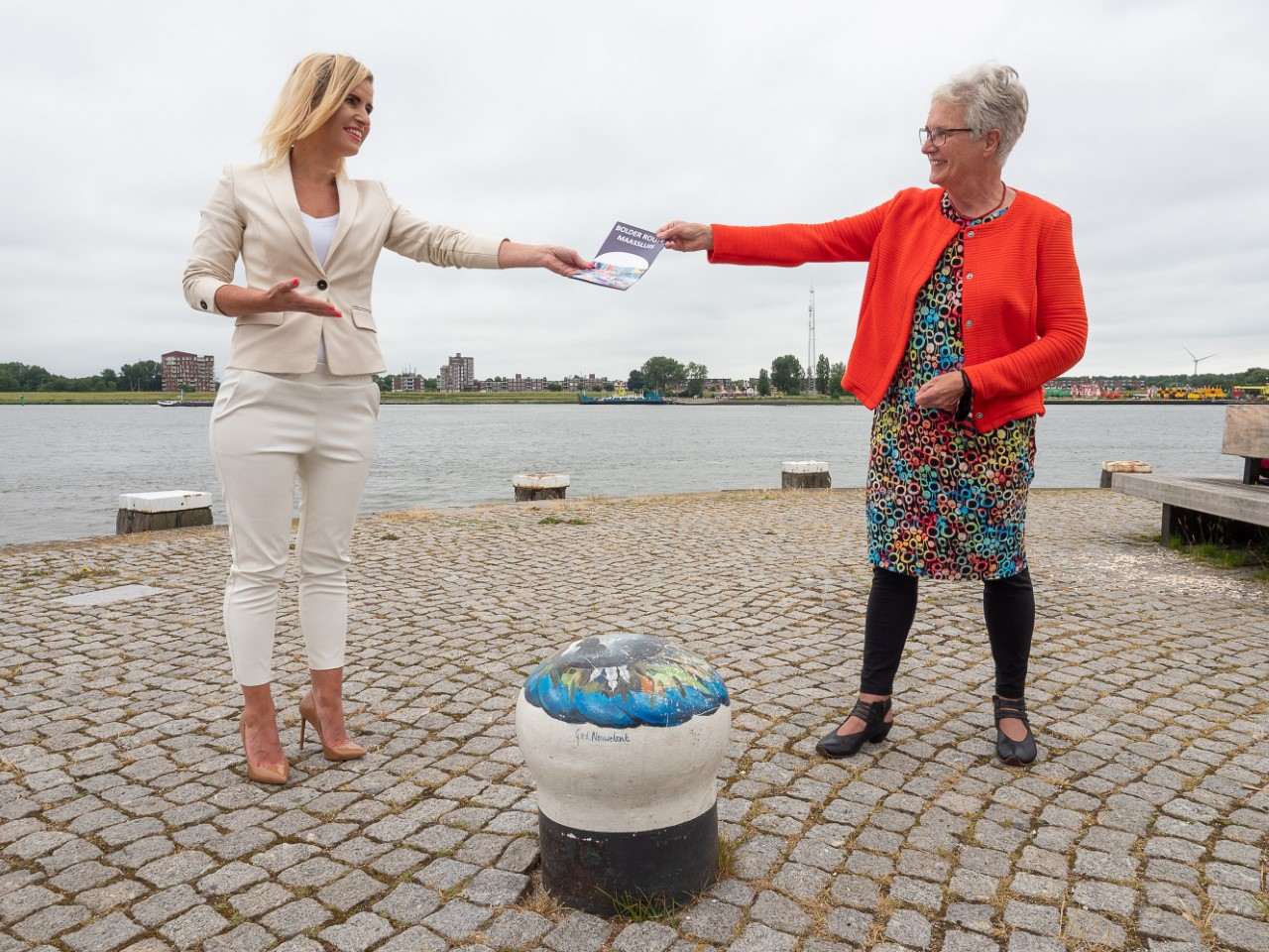 Maassluise Kunstenaars brengen 'Bolderfolder' uit