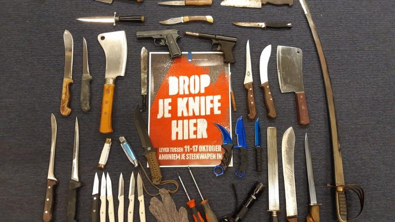 15 steekwapens ingeleverd bij politie Maassluis