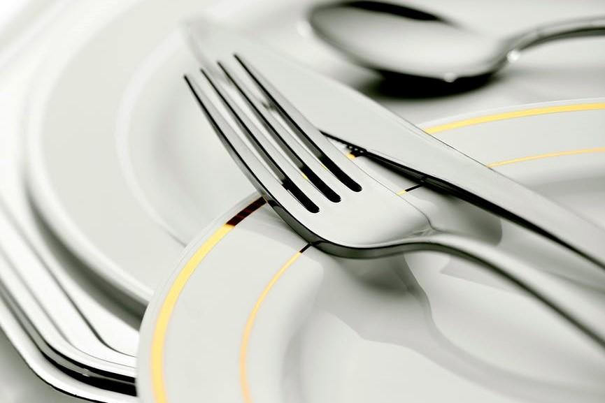 Samen eten aan De Langste Tafel