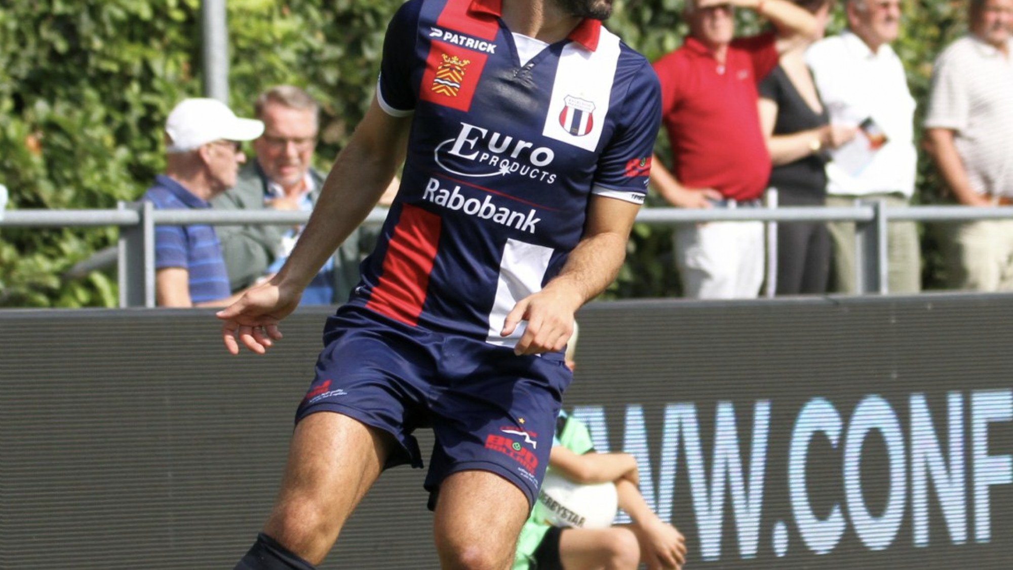Excelsior Maassluis wint overtuigend van FC Lienden