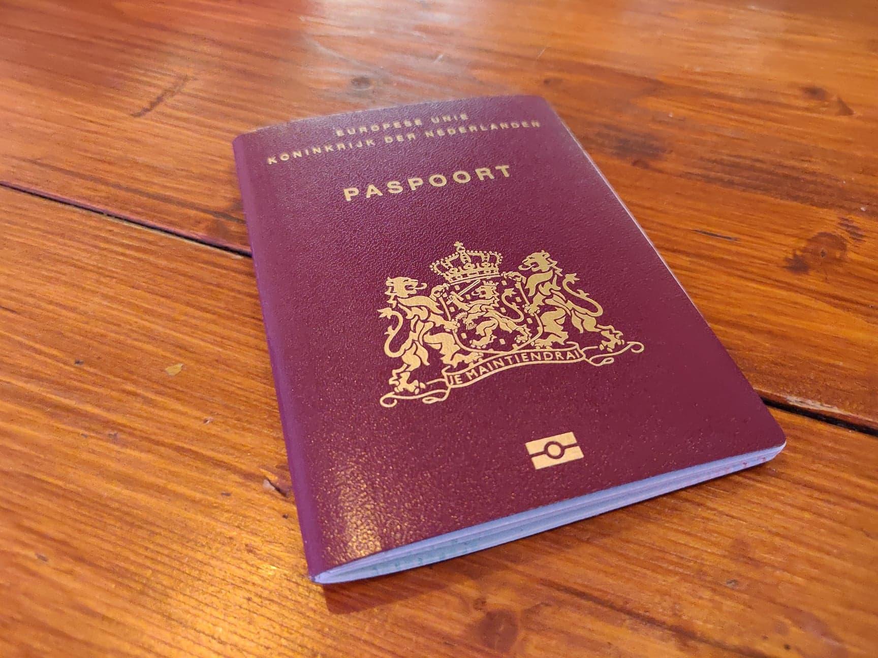 Gemeente stuurt digitaal brieven over verlopen reisdocumenten