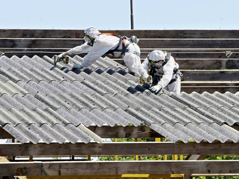 SLV: urgentie asbestvrij maken daken ontbreekt