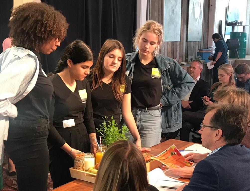 Life College wint wedstrijd om gezonde schoolmaaltijd