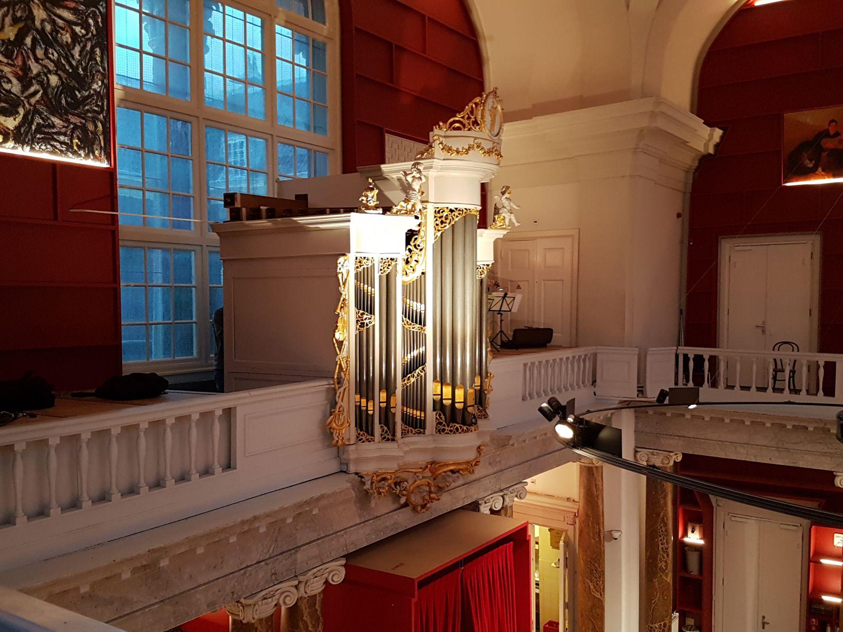 Elegant orgel weer als een zonnetje