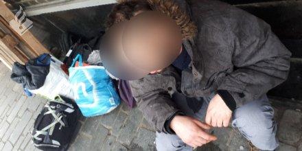 Politieman bezorgt dakloze een slaapplaats