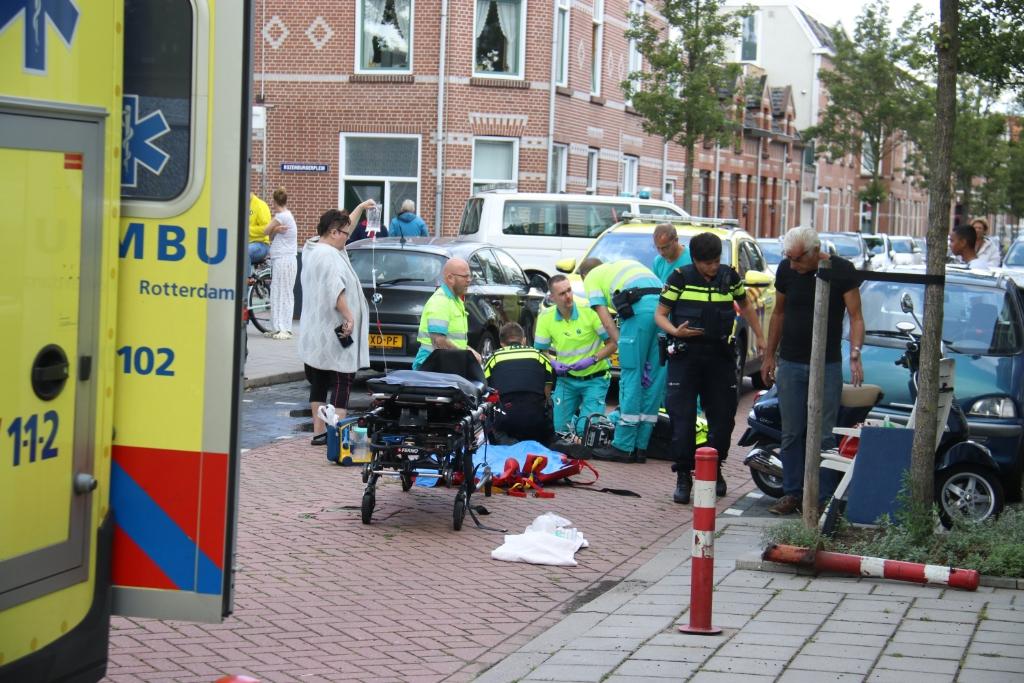 Traumahelikopter voor gewonde vrouw in zuid