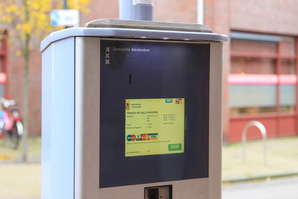 Amsterdams onheil afwenden: parkeerpenningen betalen