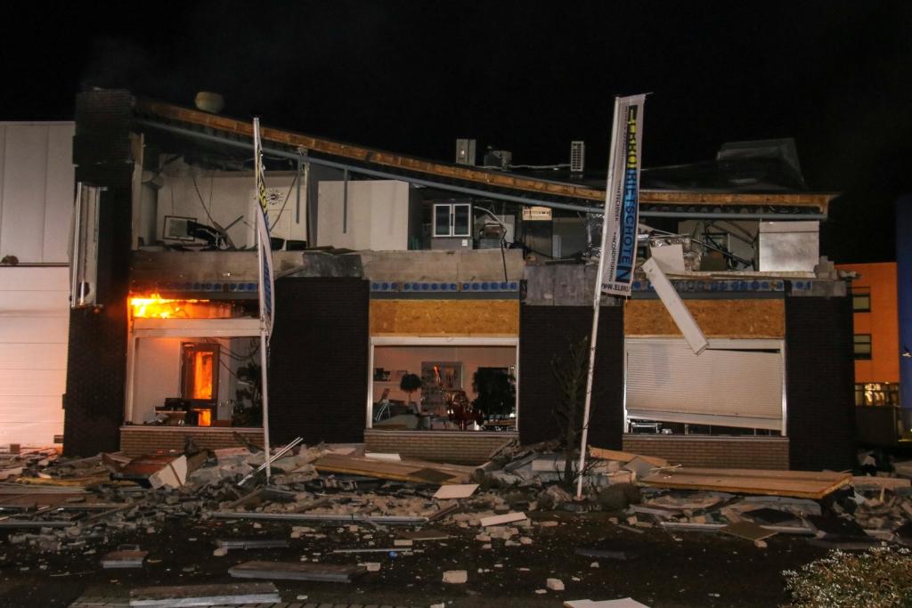 Explosie in bedrijfspand Noord-West
