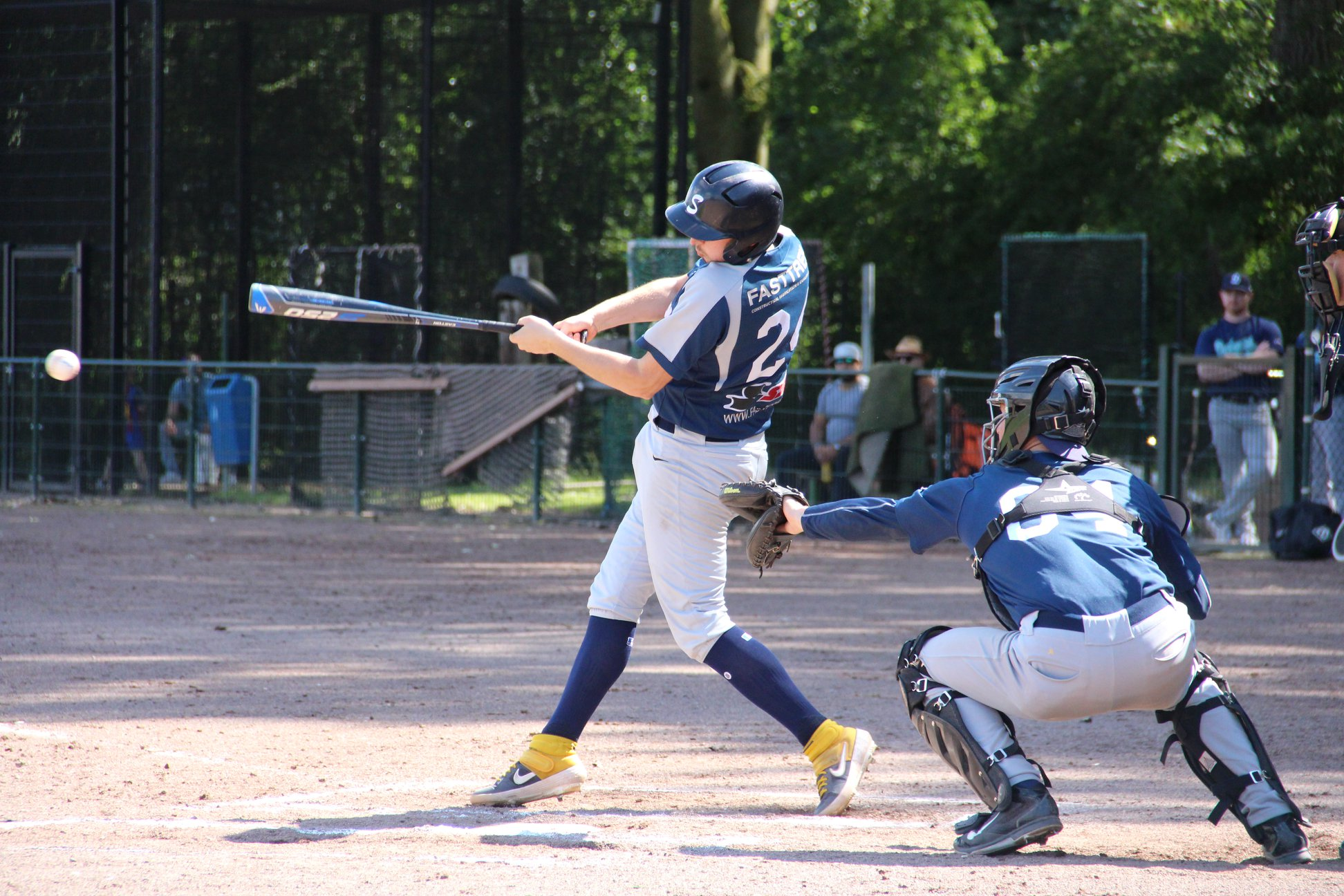 Verlies voor de honkballers, winst voor de softbalsters