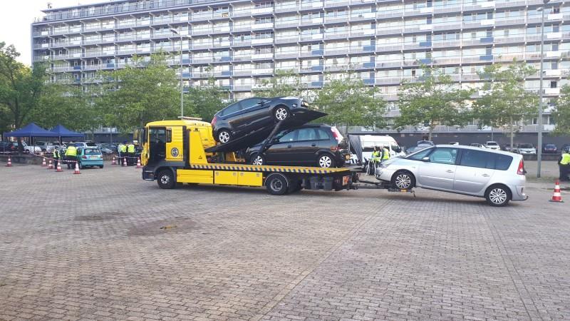 Score grote actie: zeventien auto's, zestigduizend euro