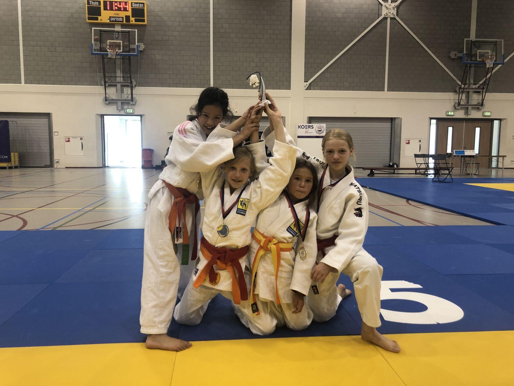 Sportinstituut Schiedam met drie teams in de prijzen