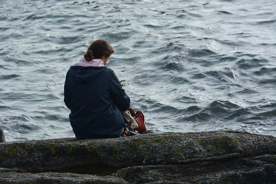 AOV: meldpunt voor eenzaamheid
