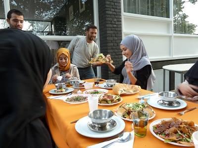 Provincie waarschuwt Schiedam: sneller huisvesting statushouders