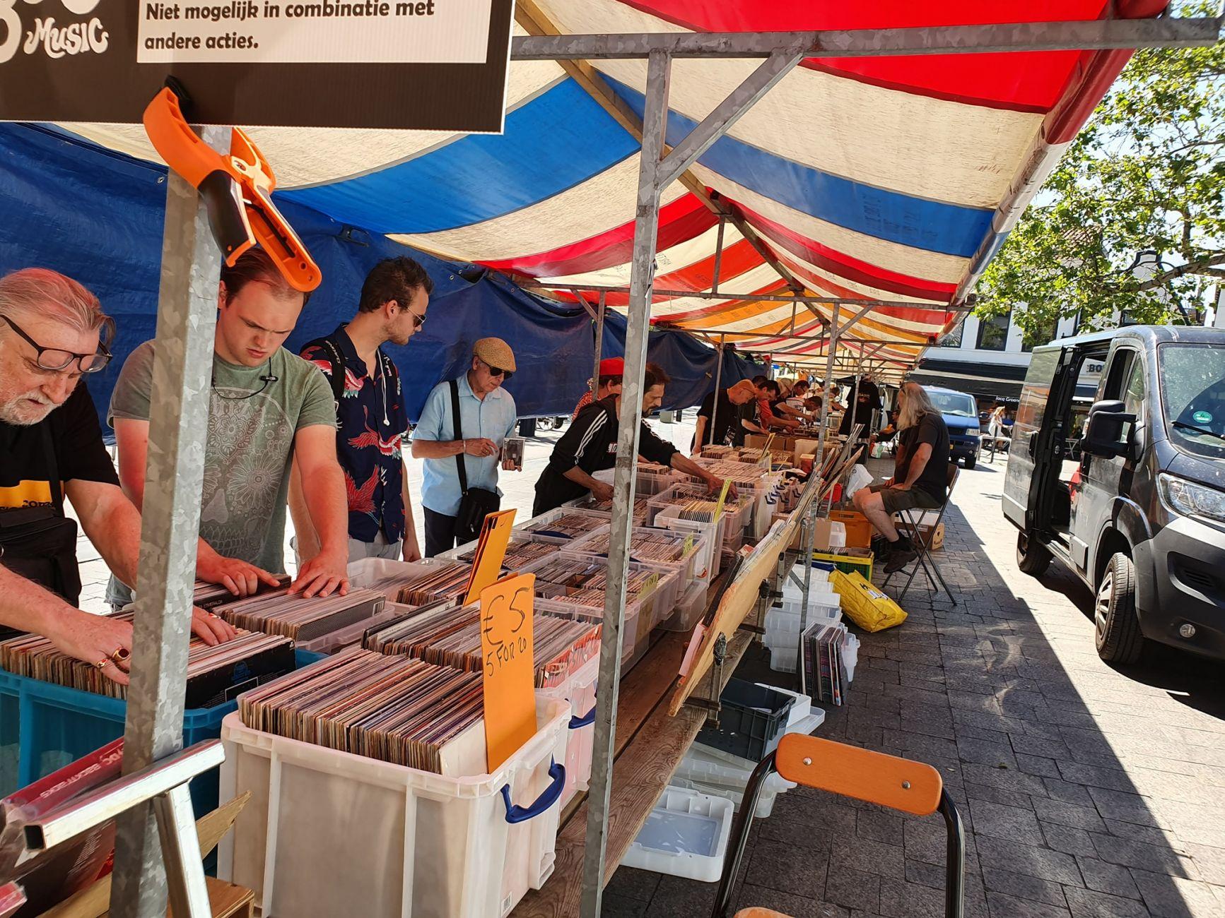 Zaterdag: Platen en CD beurs