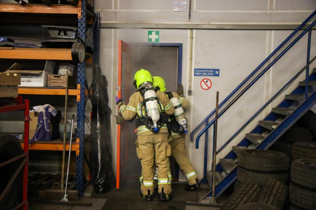 Zes 'slachtoffers' gered bij brandweeroefening