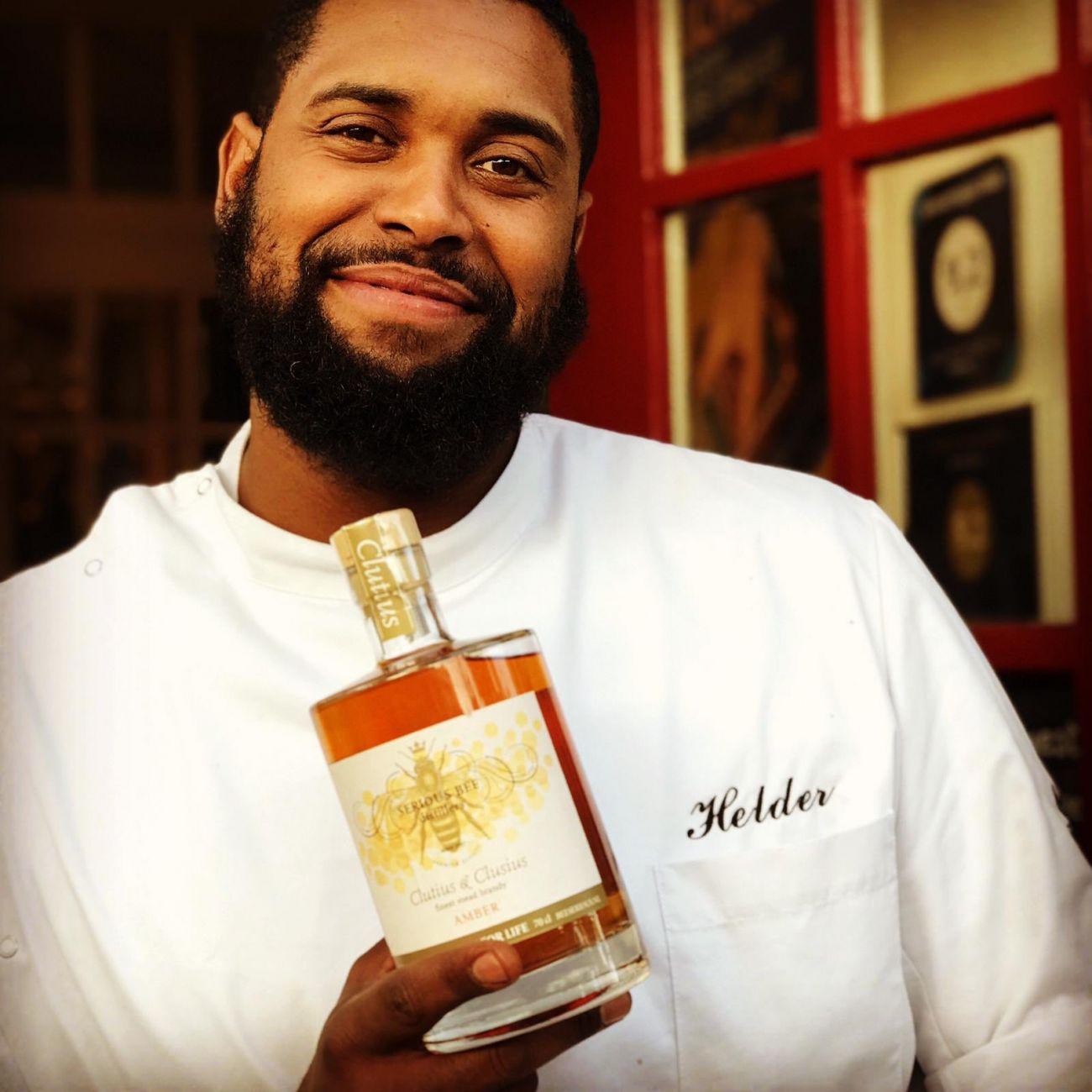 Helder Fortes wint cocktailwedstrijd