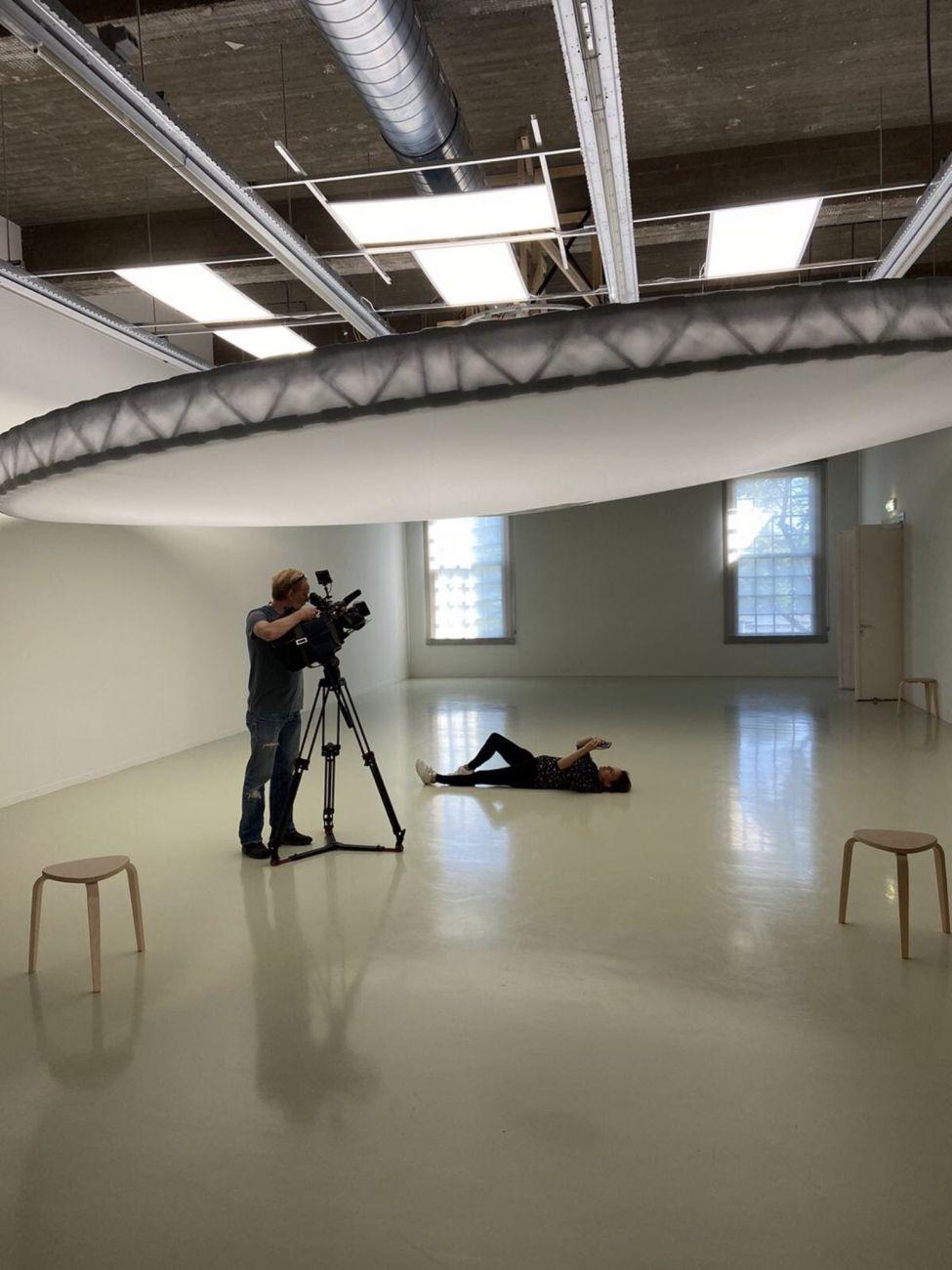 Over selfies en kwetsbaarheid; museum op tv