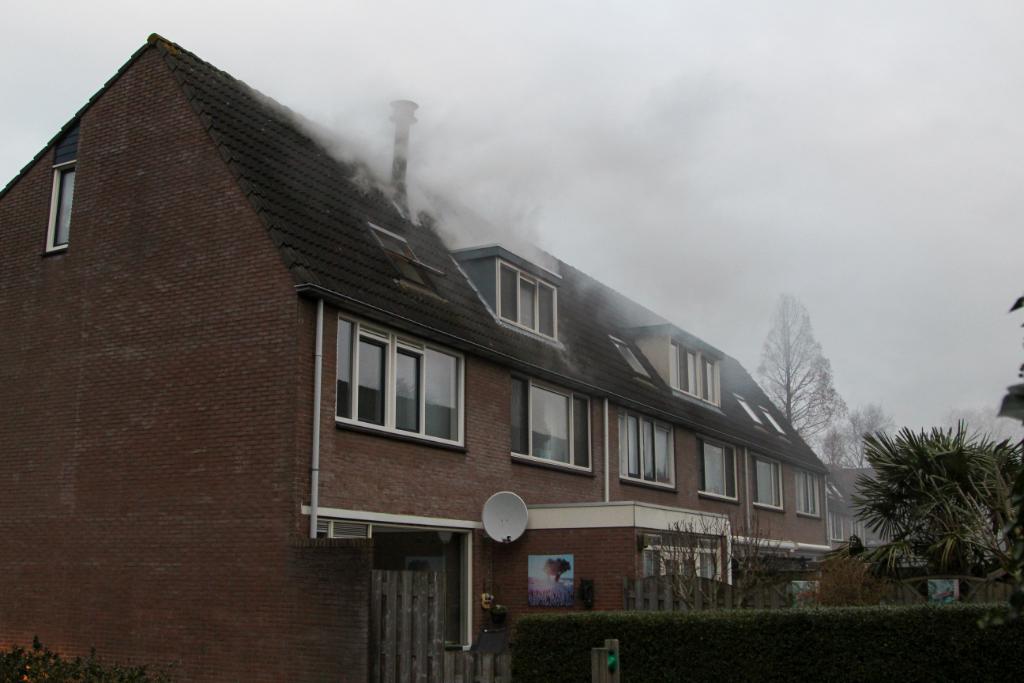 Brand op zolder in Woudhoek