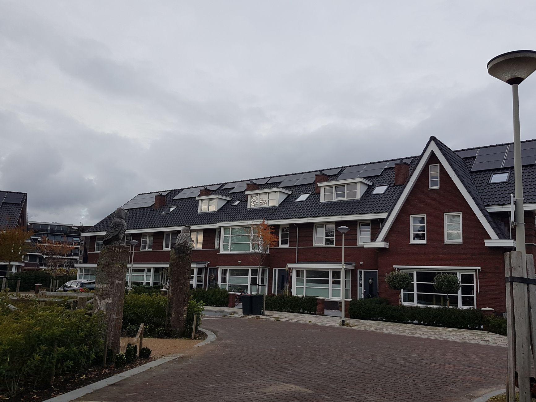 Op veel meer daken winning van zonne- en windenergie