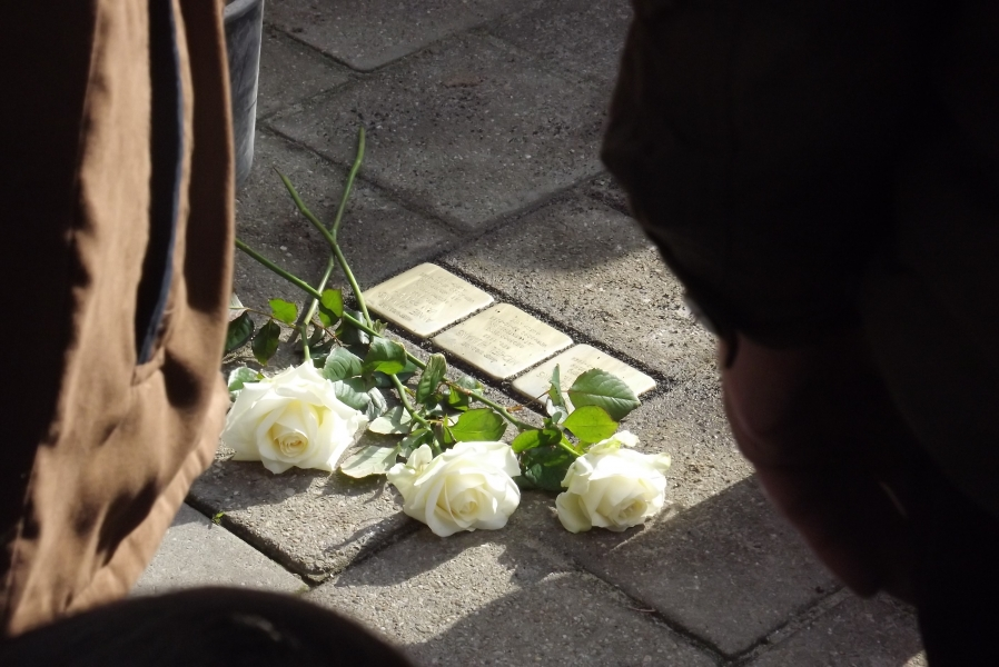 Legging laatste Stolpersteine voor Joodse oorlogsslachtoffers uitgesteld