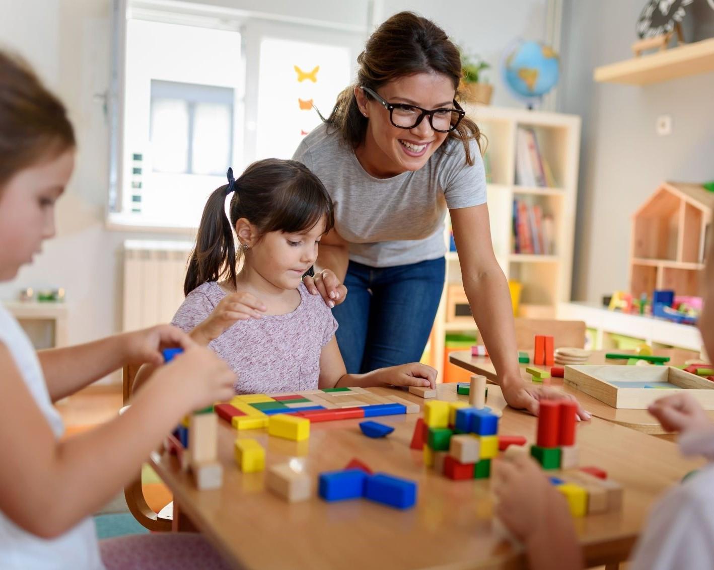 Buitenschoolse opvang: nog veel werk om maandag klaar te zijn
