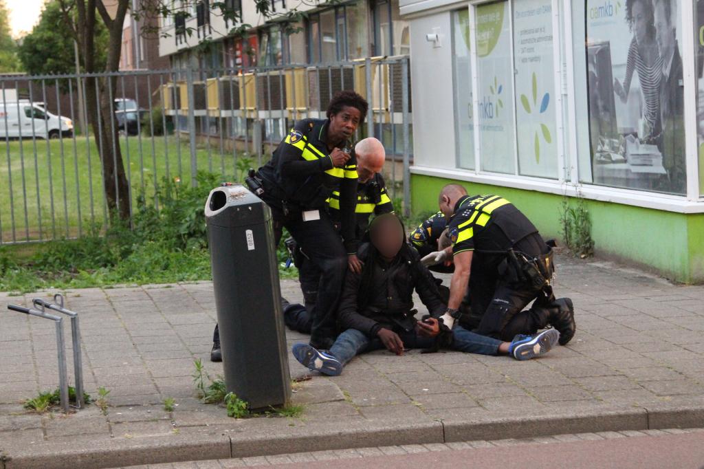 Twee gewonden bij steekpartij Parkweg