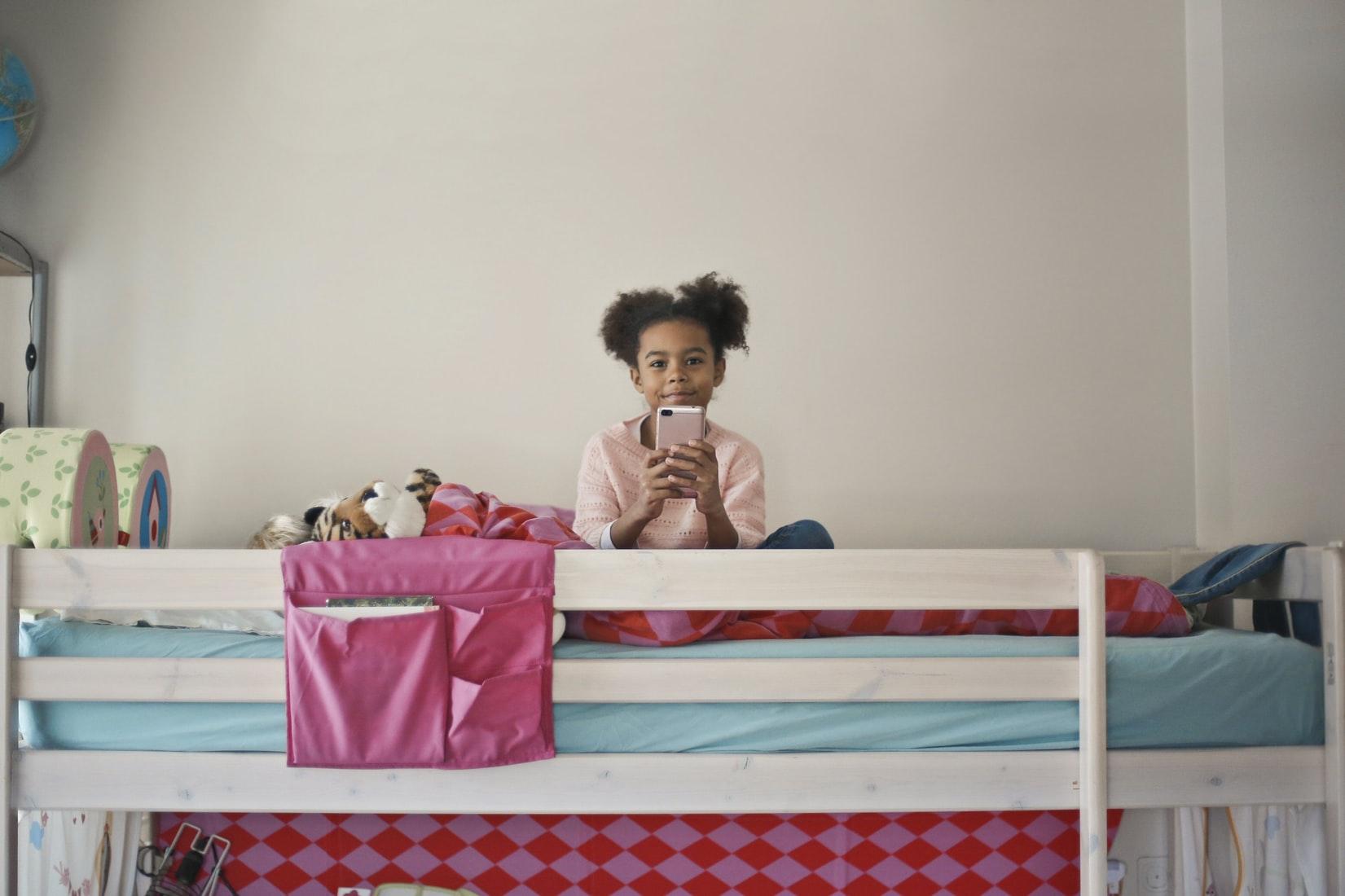 Hoe het beste bed te kiezen voor kinderen in volle groei