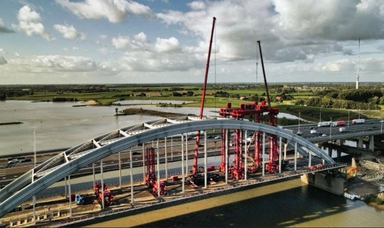 Schiedam speelt rol in demontage brug Vianen
