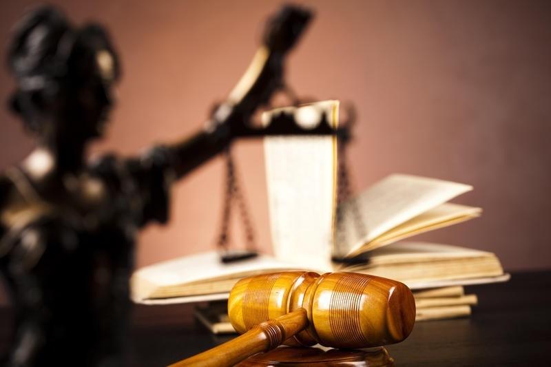 Rechter: taakstraf en boete voor corrupte politiemedewerkster