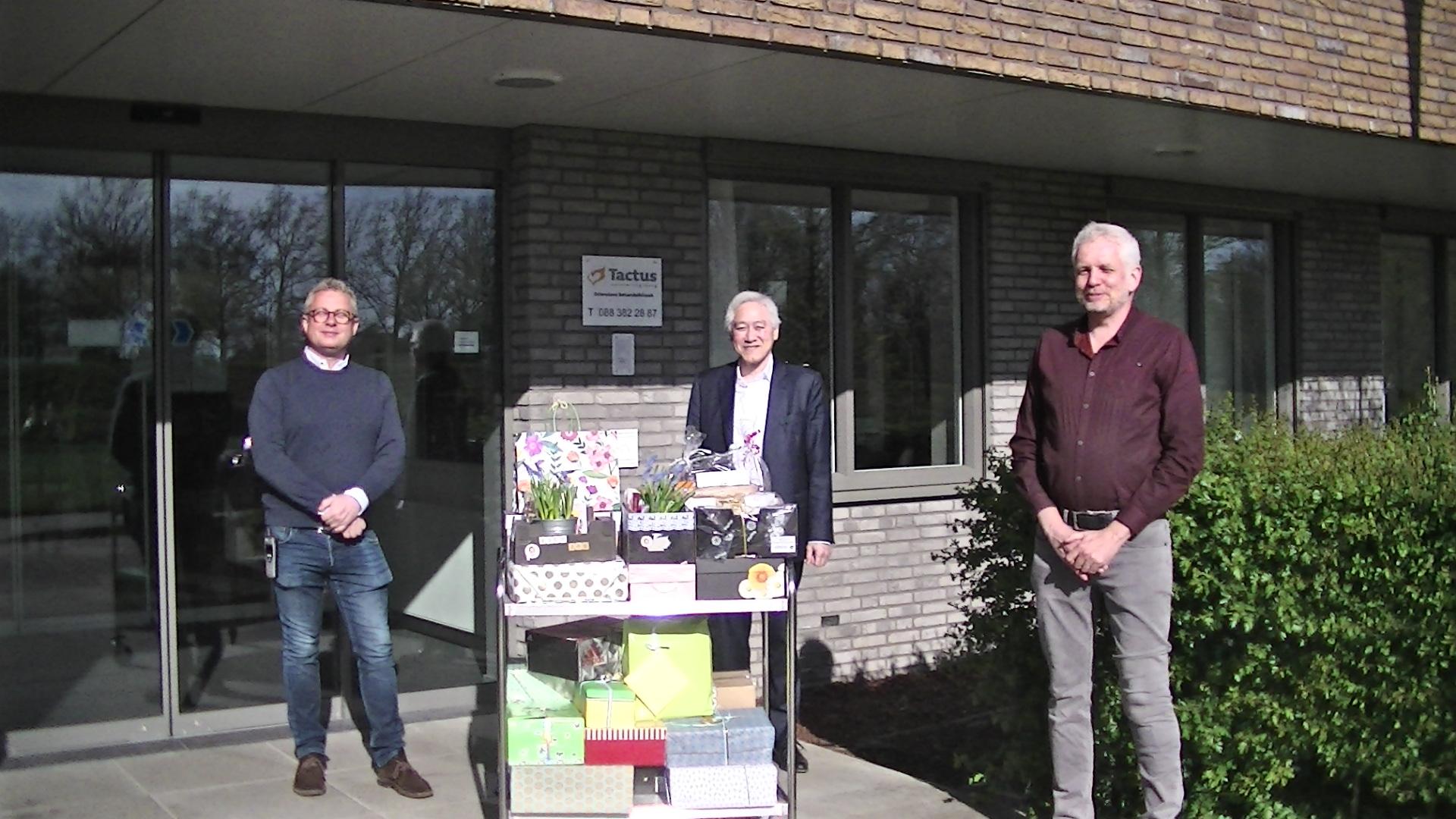 Buddybox voor Tactus cliënten Zutphen lichtpuntje met Pasen