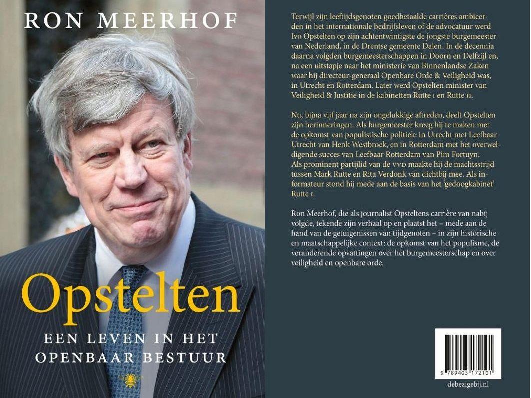 Ivo Opstelten signeert biografie bij Plantage Pontier - Vlaardingen24