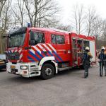 Jongen door ijs gezakt in Zutphen; brandweer redt hem van eiland
