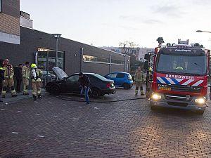Autobrand bij Aldi Van Hogendorplaan