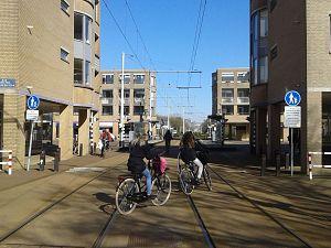Gevaarlijk: 'Lekker over de trambaan fietsen'