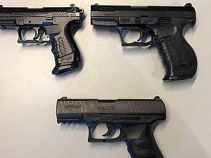 Politie haalt nepvuurwapens bij kinderen weg
