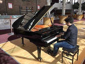 Theaterprimeur: pianoconcerten op zondagmiddag