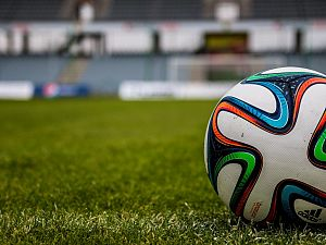 Victoria '04 speelt gelijk in Vlaardingse voetbalderby