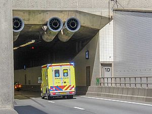 Lange file na ongeval in Beneluxtunnel