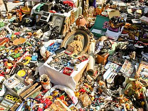 Actiedag met rommelmarkt in de Emmastraat
