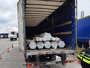 Weer illegale vreemdelingen in trailer Vlaardingen