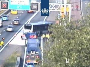 Bus met pech valt stil op de A20