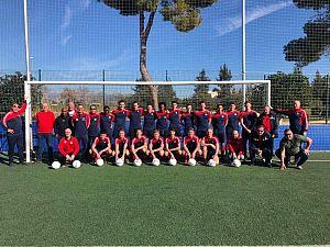 Victoria'04 verder met huidige trainers