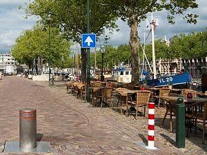 Pollerseizoen Westhavenkade weer begonnen
