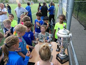 Jeugd CWO sluit seizoen af met voetbalfeestje